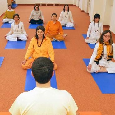 Yoga base