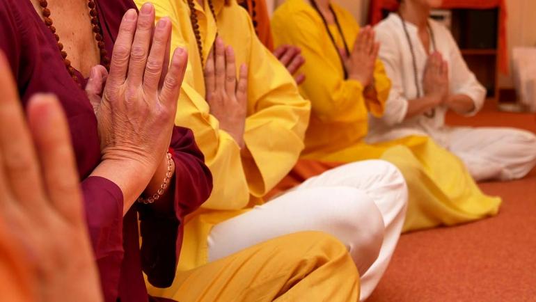 satyananda-yoga-torino-metodo.jpg